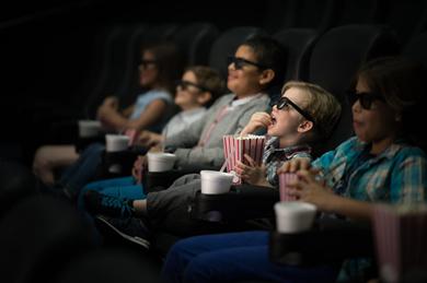 """聚焦   """"年底还不开业,没有一家影院能活到明年"""""""